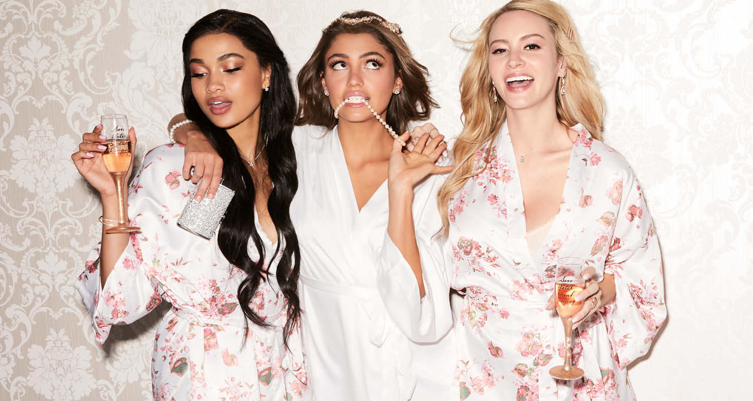 Ultimate Gifts for your Bridesmaids - Claire's Icing Blog
